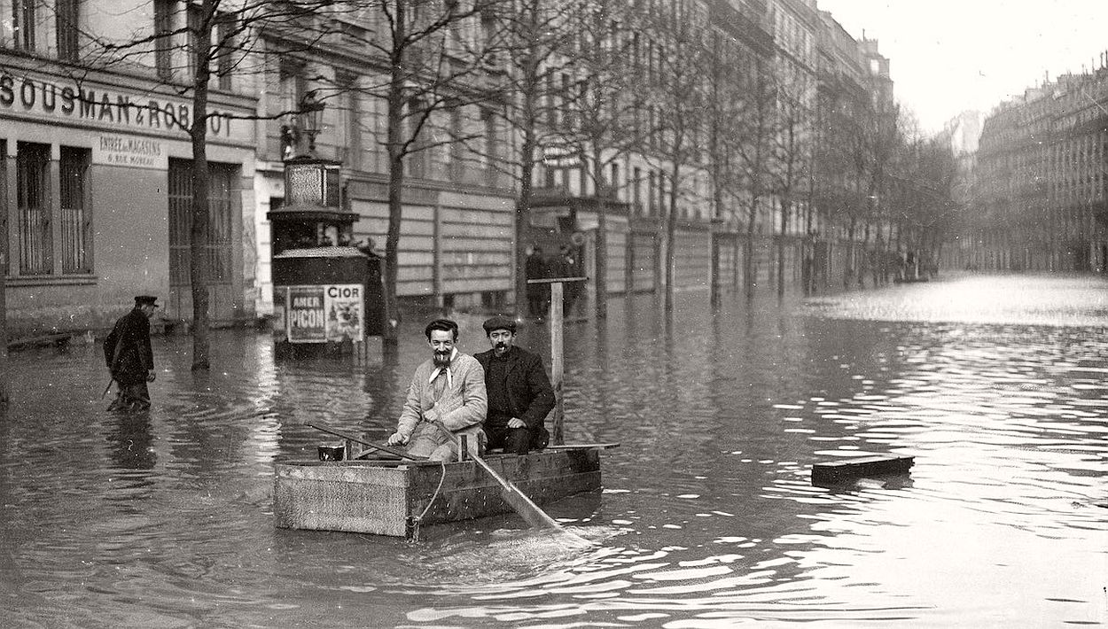 paris-underwater-great-flood-1910-01