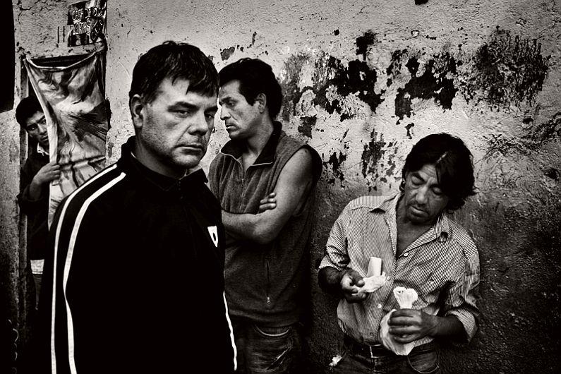 valerio-bispuri-encerrados-latin-american-prisons-03