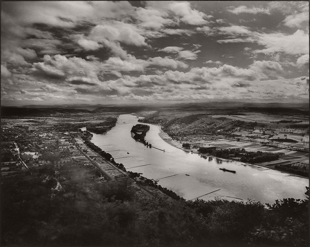 august-sander-a-view-of-the-collection-westerwald-portraits-and-landscapes-05