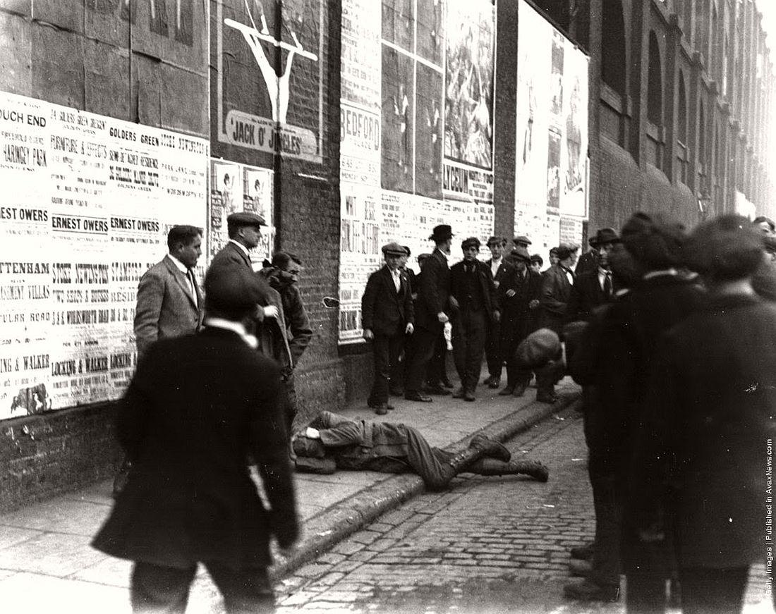 british-general-strike-in-london-united-kingdom-1926-10