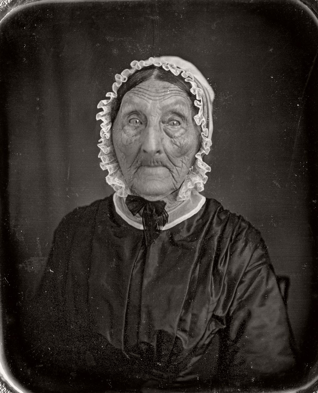 daguerreotype-portrait-ladies-born-in-the-late-18th-century-1700s-vintage-14