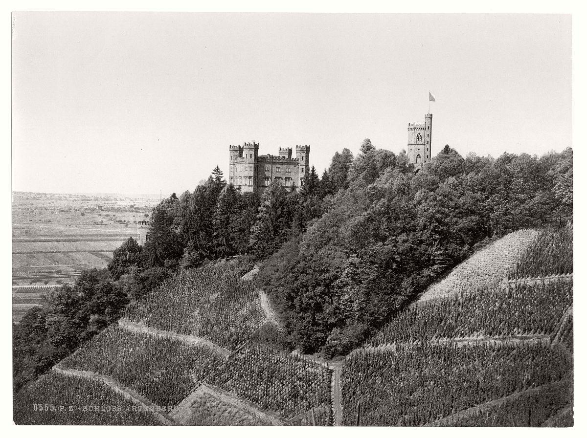historic-bw-photo-german-Artenberg-Castle-03