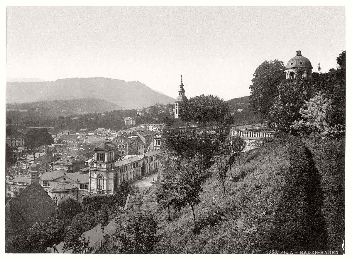 historic-bw-photo-german-Baden-Baden-castle-02