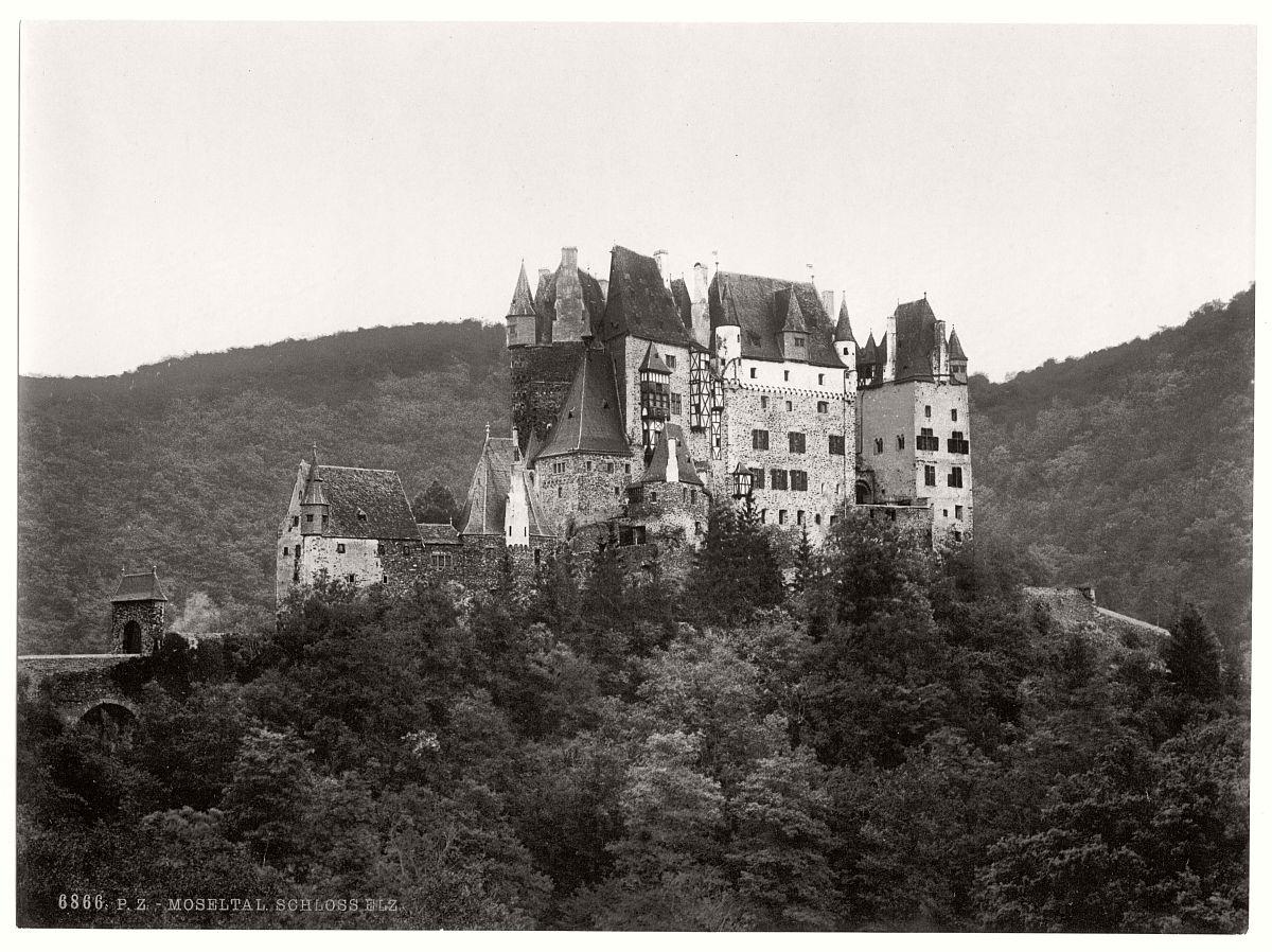 historic-bw-photo-german-Elz-Castle-06