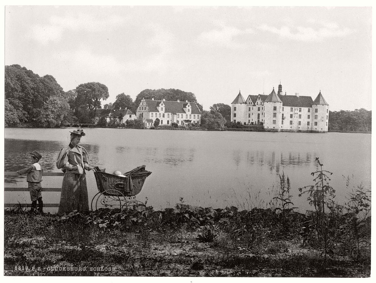 historic-bw-photo-german-Glucksburg-Schleswig-Holstein-castle-13