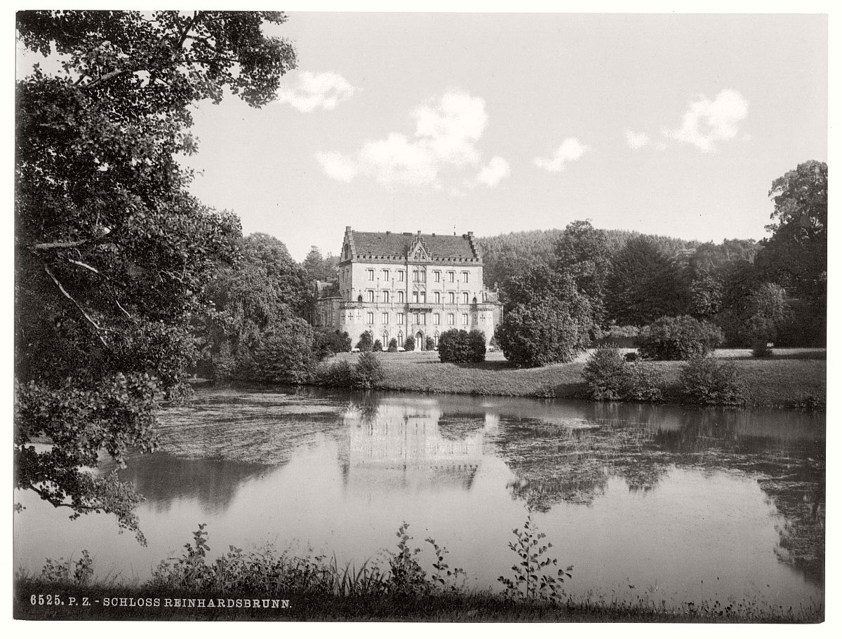 historic-bw-photo-german-Reinhardsbrunn-Castle-14