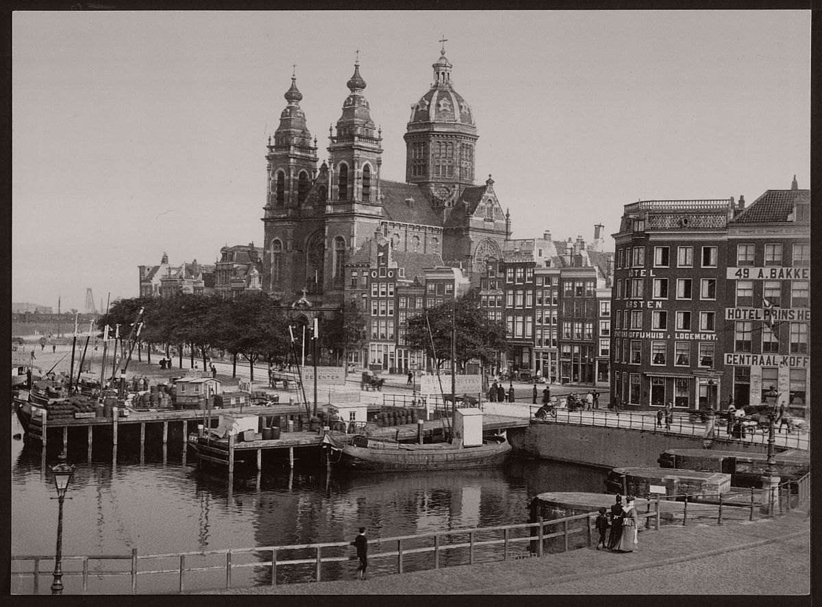 historic-bw-photos-of-amsterdam-holland-in-the-19th-century-06