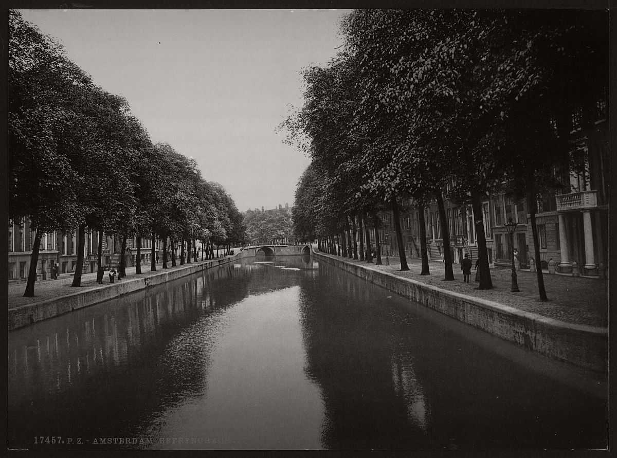 historic-bw-photos-of-amsterdam-holland-in-the-19th-century-08