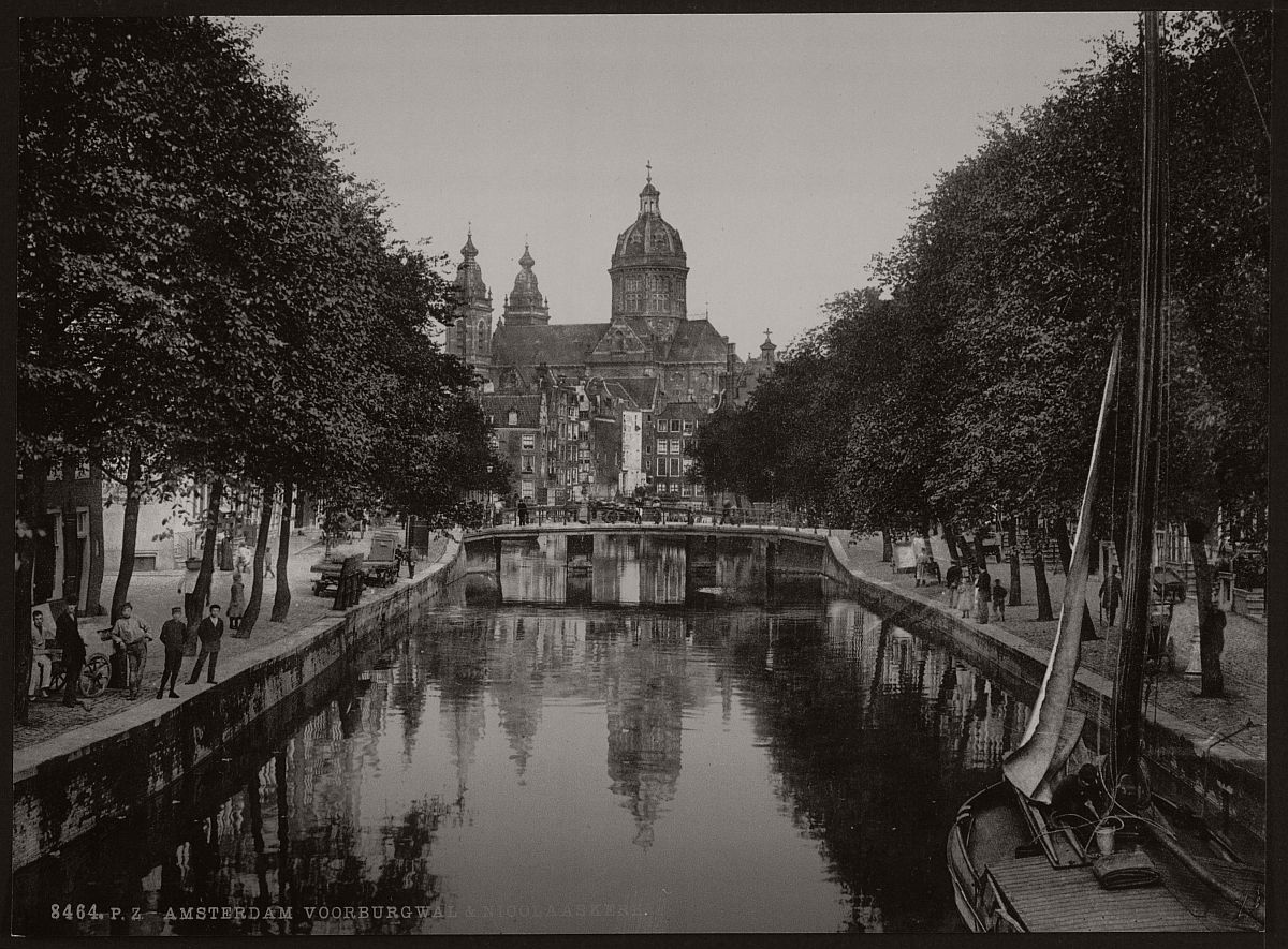 historic-bw-photos-of-amsterdam-holland-in-the-19th-century-12