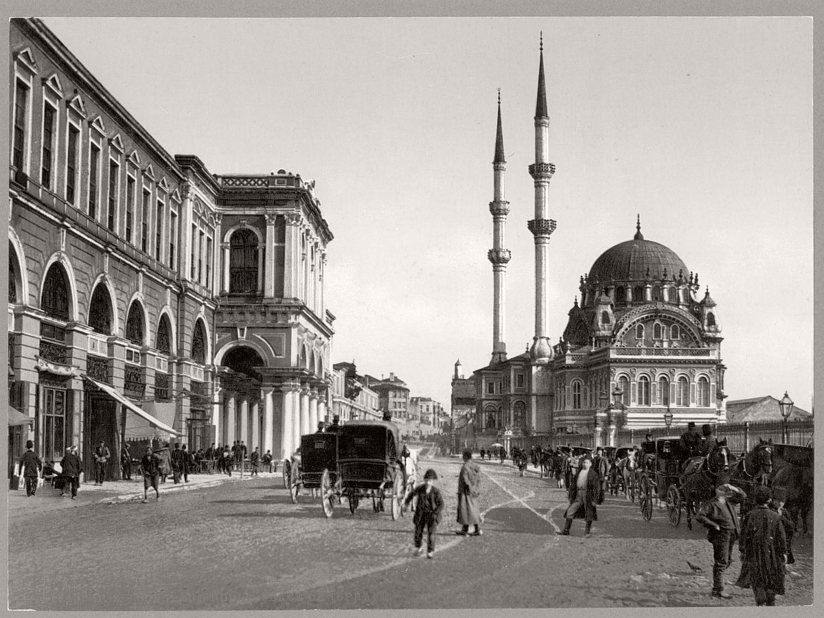 historic-bw-photos-of-constantinople-turkey-in-19th-century-05