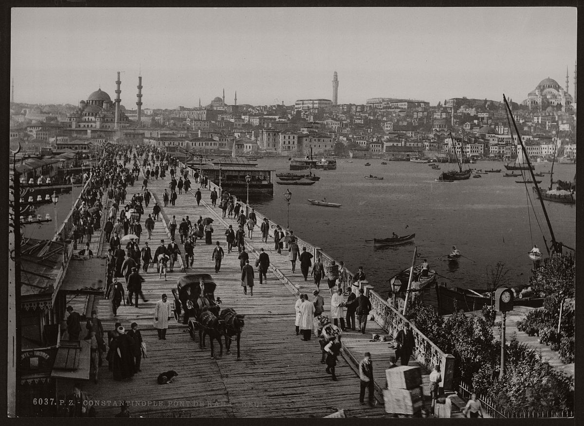 historic-bw-photos-of-constantinople-turkey-in-19th-century-09