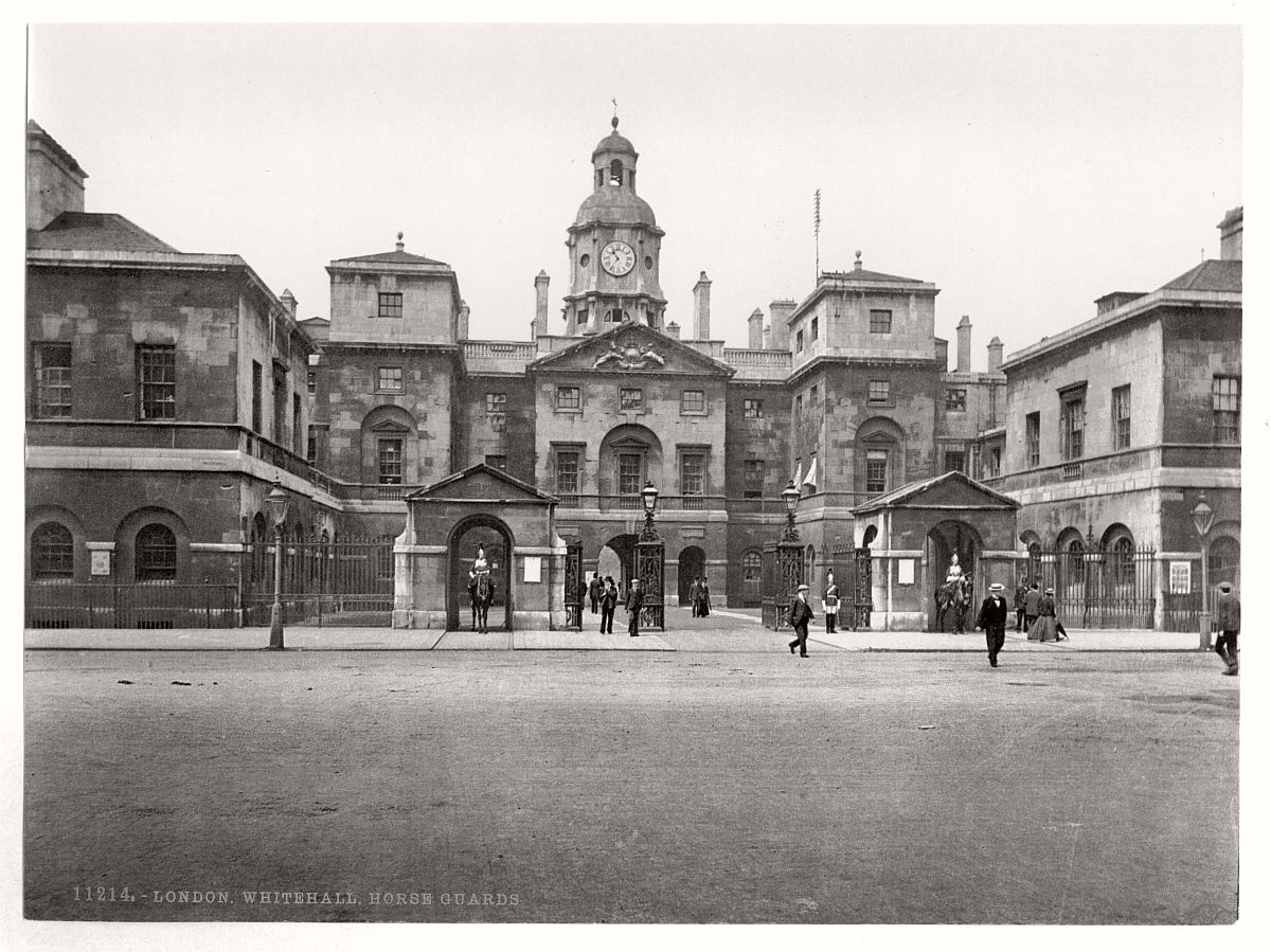 historic-bw-photos-of-london-england-in-19th-century-04