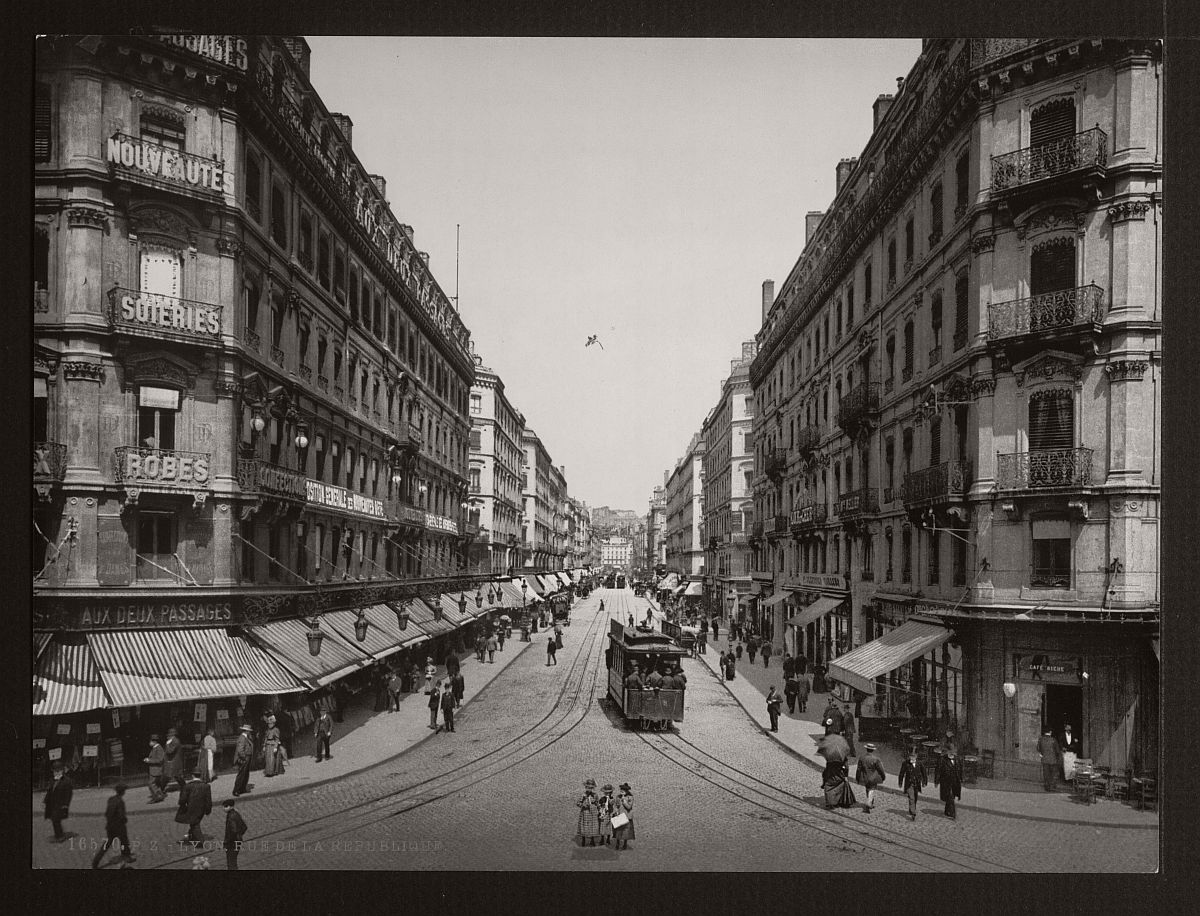 historic-bw-photos-of-lyon-france-in-19th-century-04