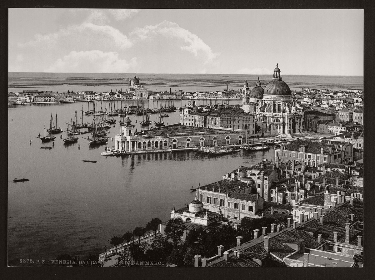 historic-bw-photos-of-venice-italy-in-19th-century-01
