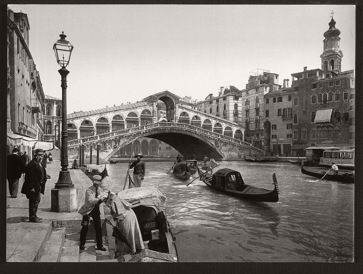 historic-bw-photos-of-venice-italy-in-19th-century-06