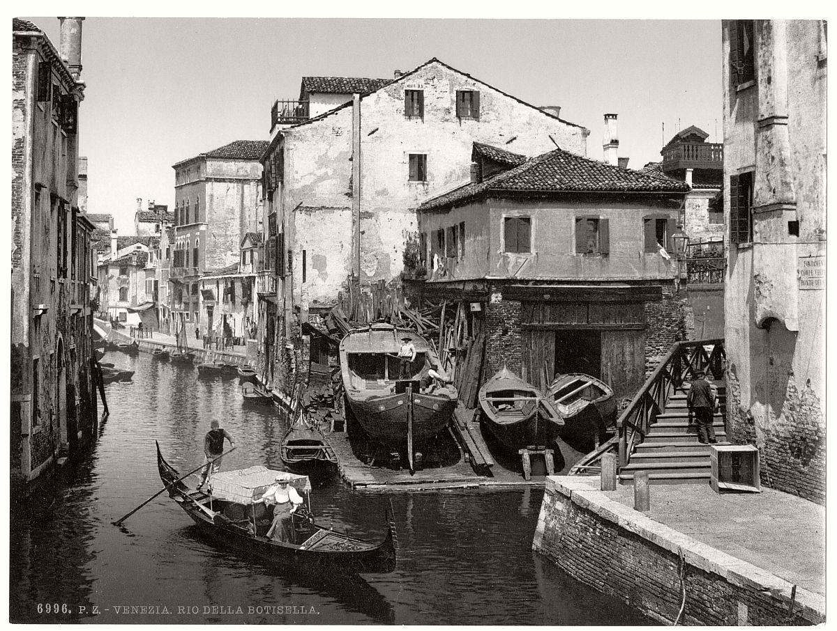 historic-bw-photos-of-venice-italy-in-19th-century-09