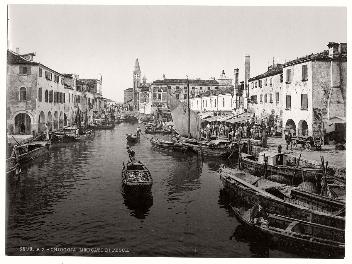 historic-bw-photos-of-venice-italy-in-19th-century-12
