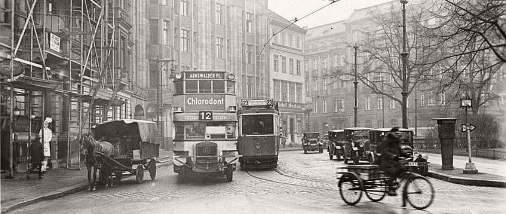vintage berlin photos of city life during the interwar period 1920s best furniture