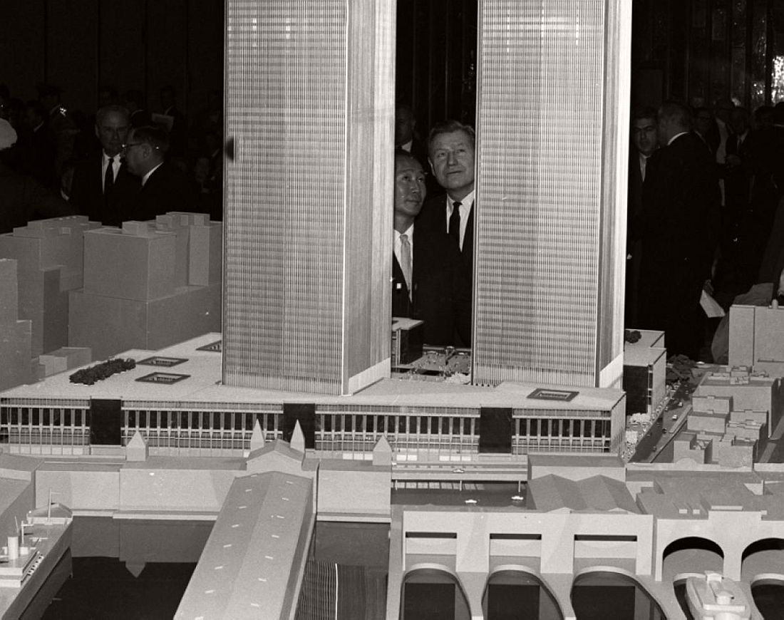 historic-photo-twin-towers-world-trade-center-construction-1960s-1970s-111