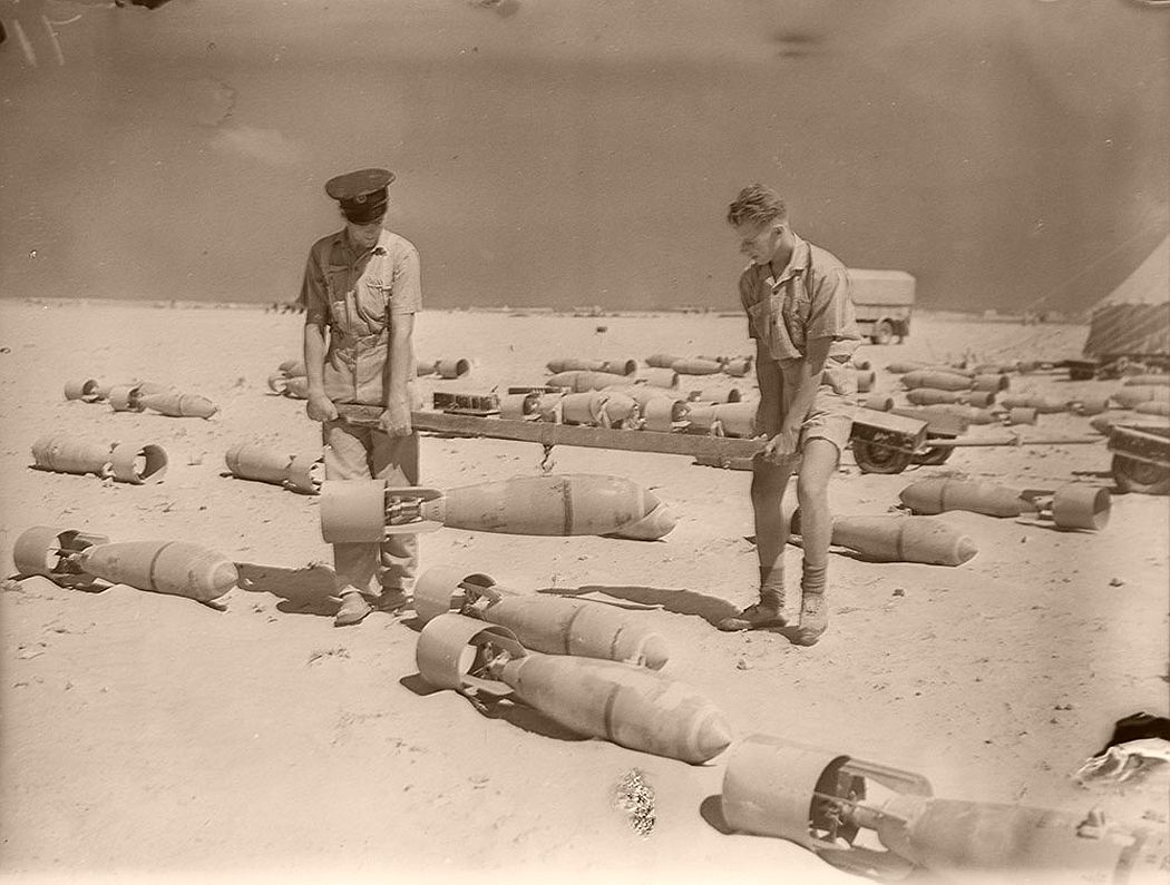 historic-world-war-ii-photos-of-troops-in-north-africa-late-1940-04