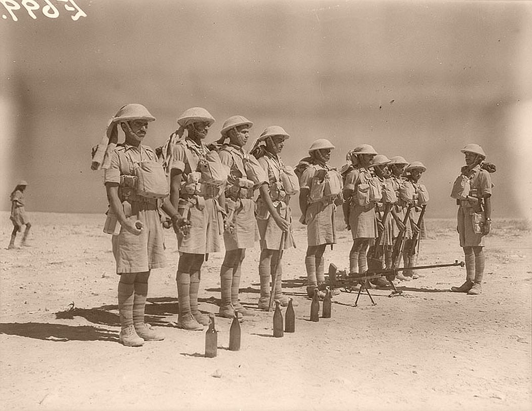 historic-world-war-ii-photos-of-troops-in-north-africa-late-1940-11