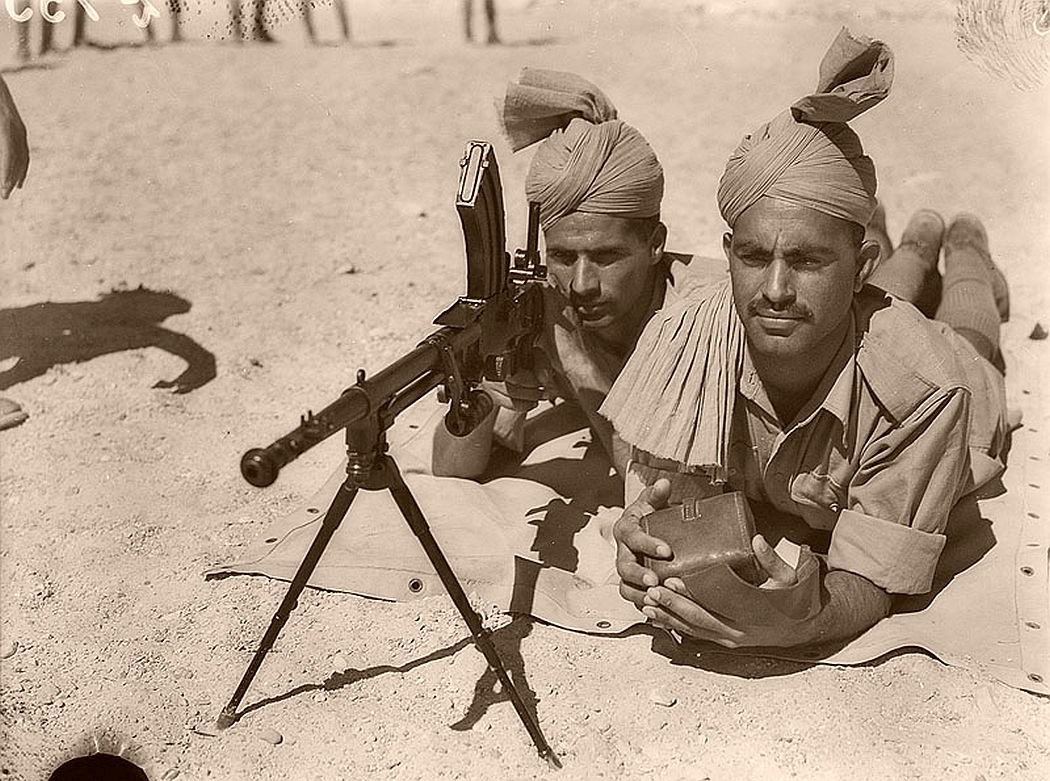 historic-world-war-ii-photos-of-troops-in-north-africa-late-1940-13