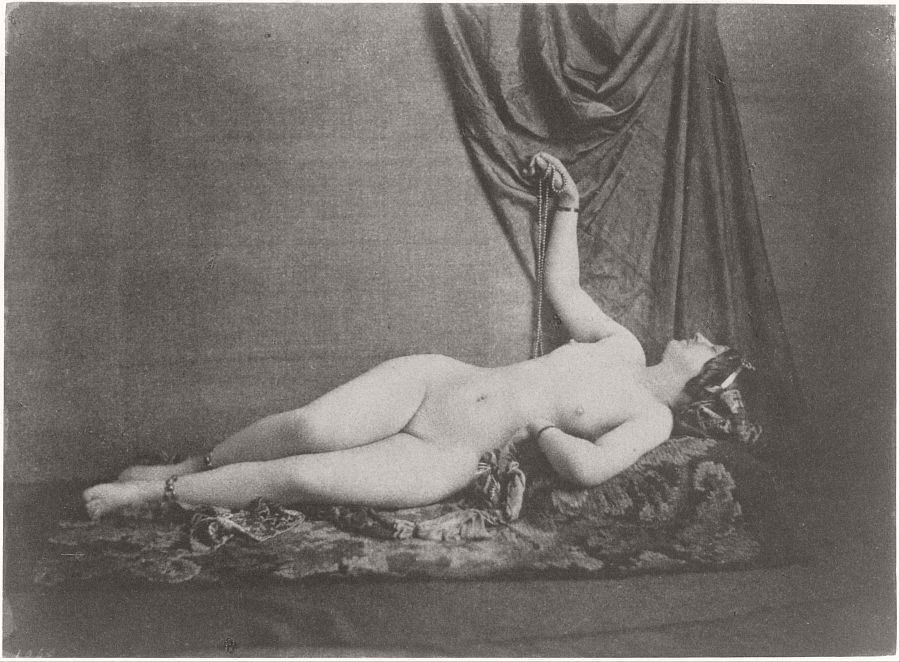 nude-photographer-julien-vallou-de-villeneuve-06