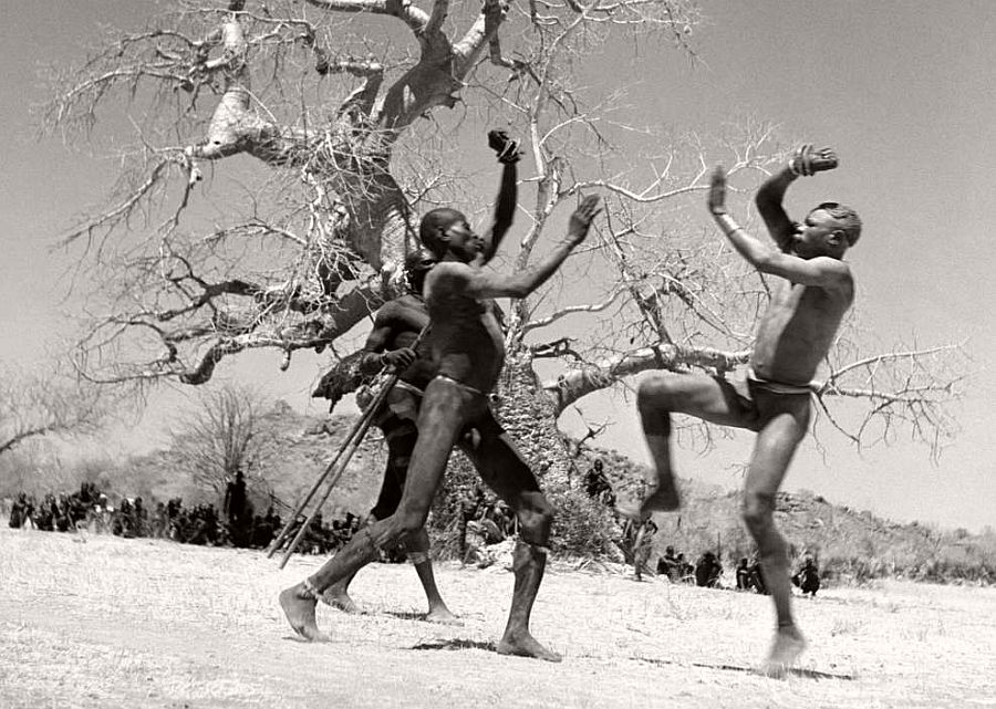 SUDAN. Kordofan. Two fighters from the Kao-Nyaro tribe who use lethal bracelets during fights. 1949.