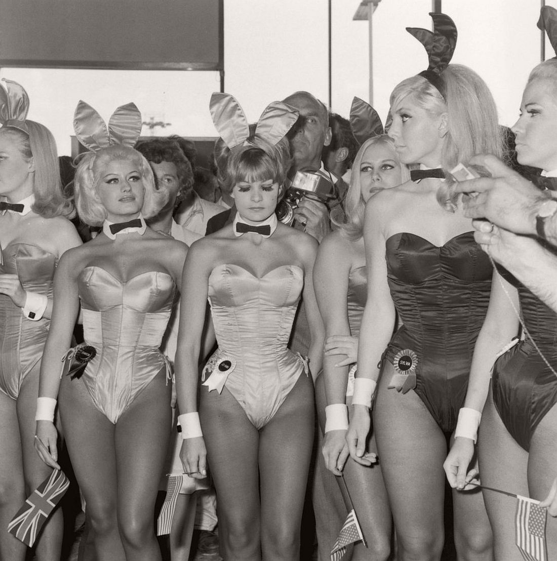 playboy-playmate-vintage-bunny-costumes-1960-past-11
