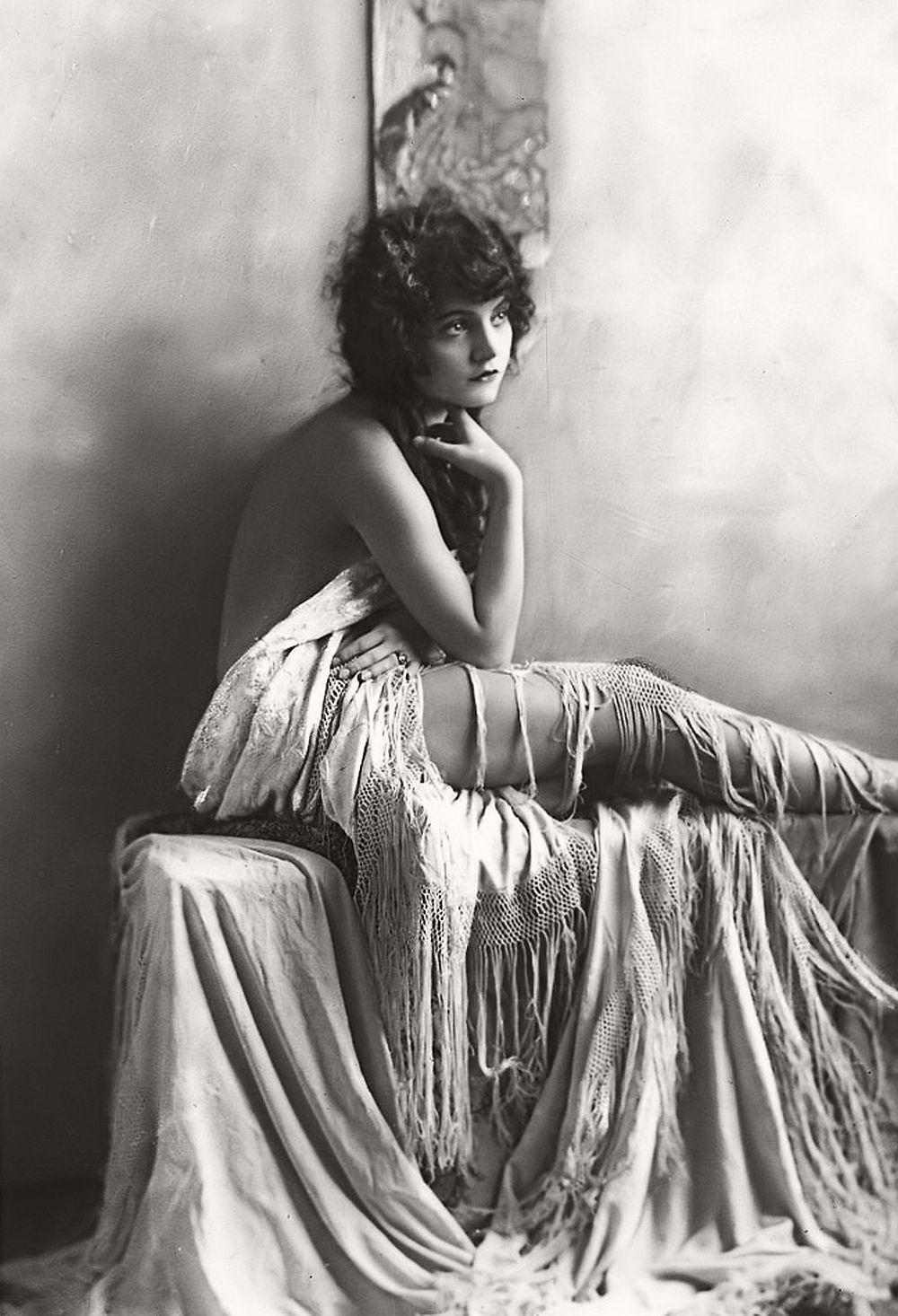 vintage: nudes/erotica (1920s) | monovisions