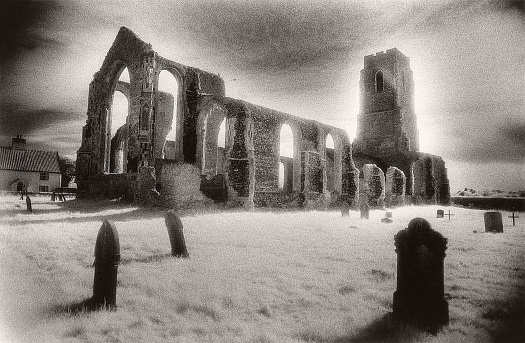 surreal-architecture-photographer-simon-marsden-11