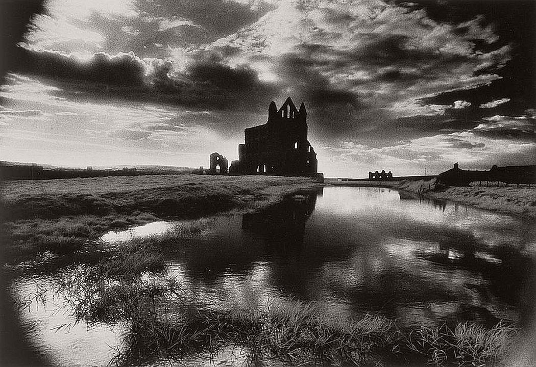 surreal-architecture-photographer-simon-marsden-22