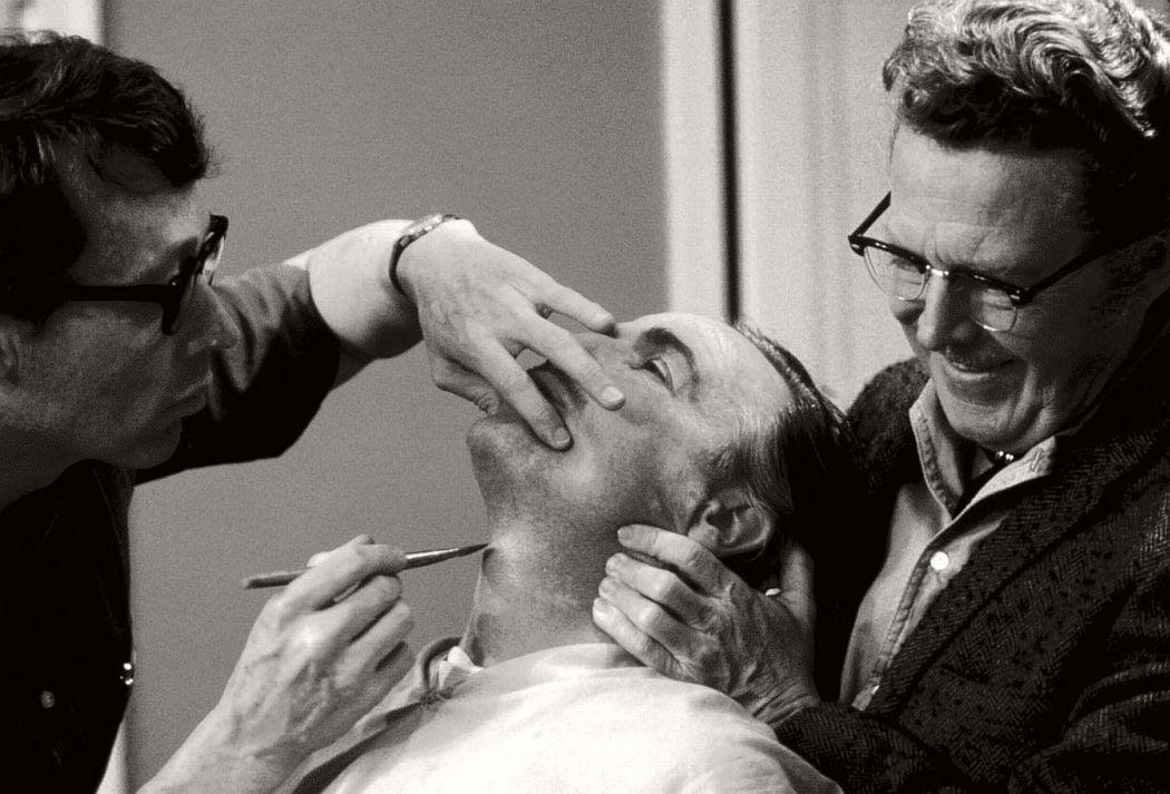 the-godfather-1972-behind-the-scenes-francis-ford-coppola-marlon-brando-al-pacino-04