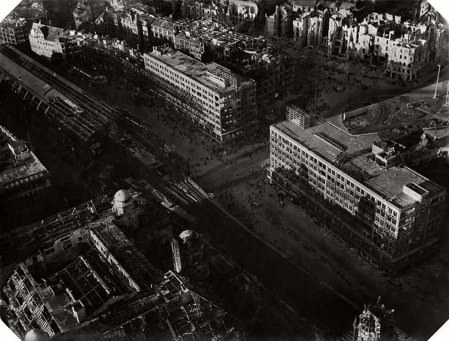 Alexanderplatz Berlin 1945 1946 AC Byers Hein Gorny Collection R