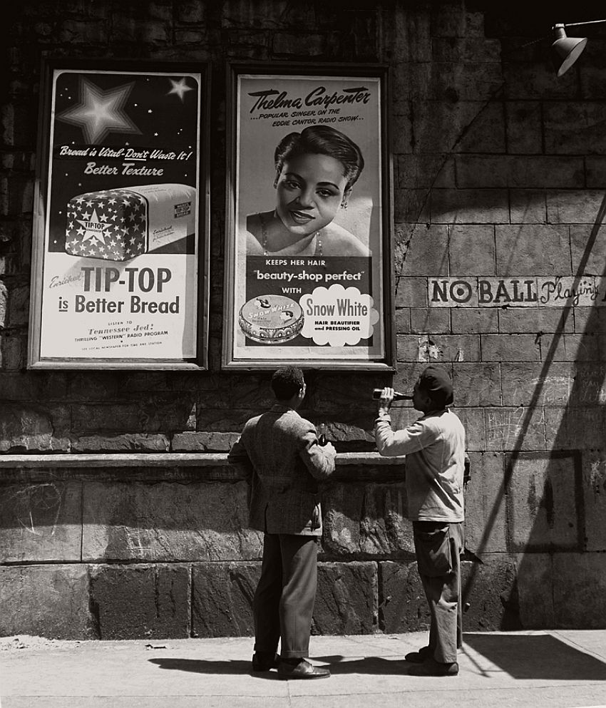 vintage-black-and-white-photos-of-city-life-in-new-york-city-by-fred-stein-1940s-19