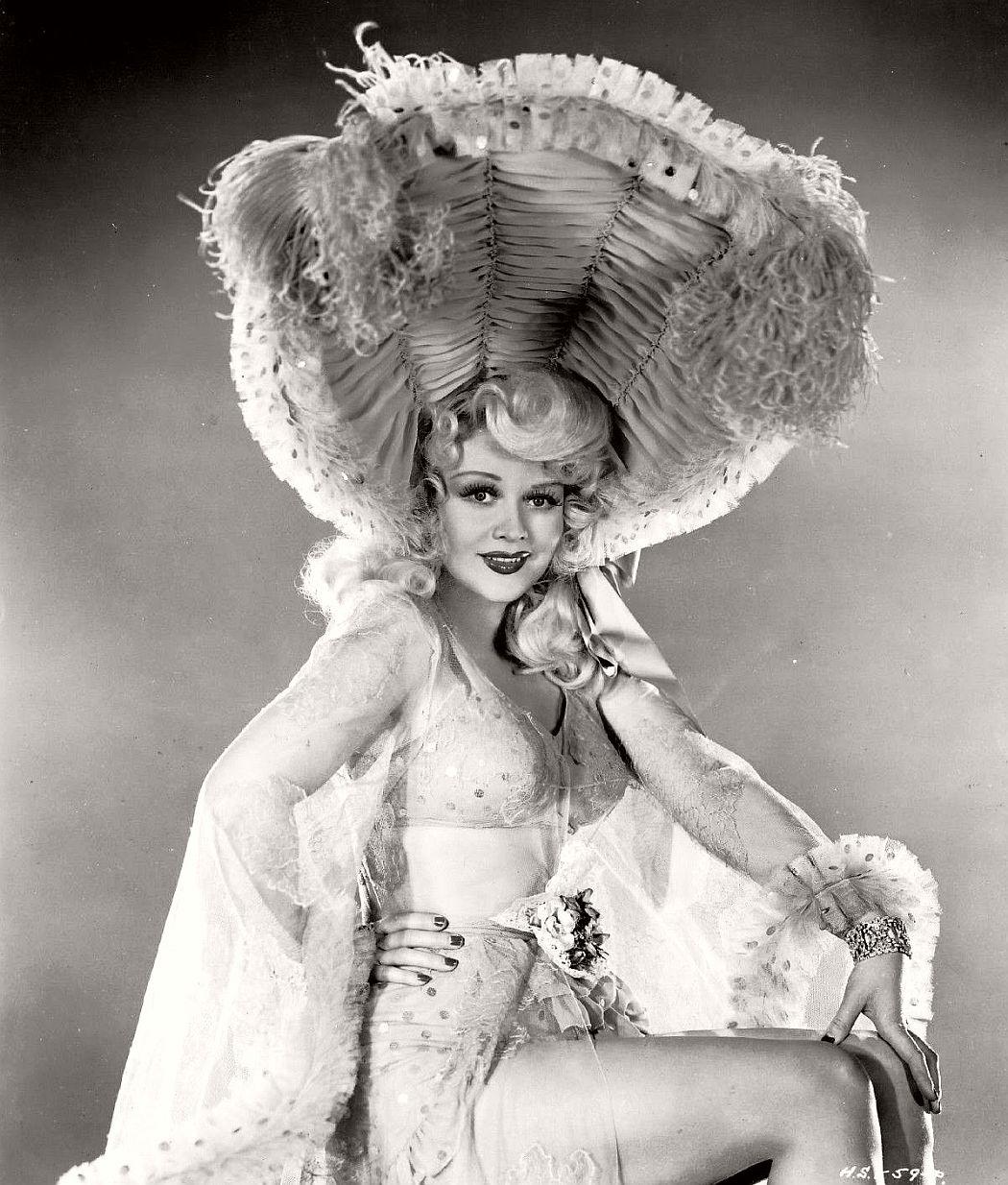 Vintage Actress Photos 121