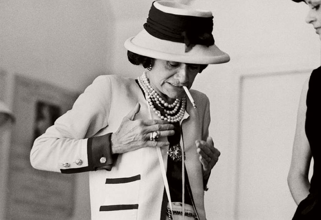 vintage-bw-photos-of-fashion-icon-gabrielle-coco-chanel-1962-douglas-kirkland-05