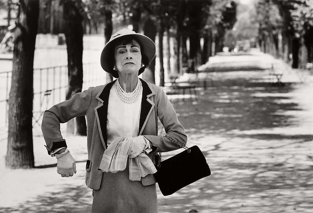 vintage-bw-photos-of-fashion-icon-gabrielle-coco-chanel-1962-douglas-kirkland-07