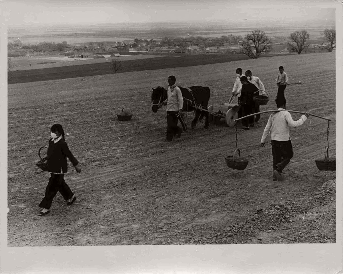 vintage-bw-photos-of-life-in-china-1965-01