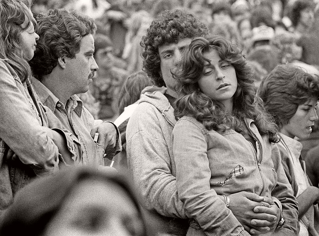 vintage-bw-photos-of-rolling-stones-fans-by-joseph-szabo-1978-12
