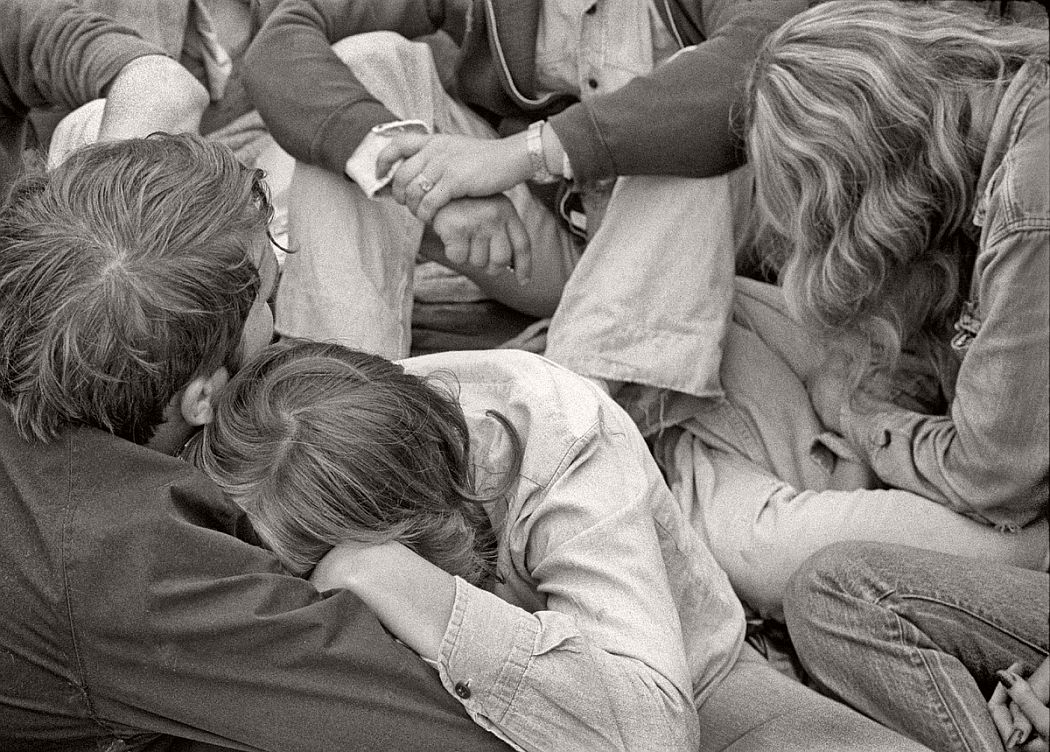 vintage-bw-photos-of-rolling-stones-fans-by-joseph-szabo-1978-16