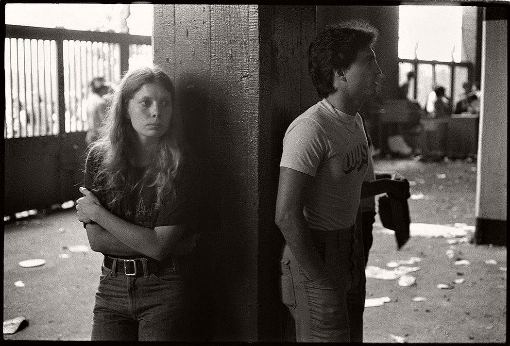 vintage-bw-photos-of-rolling-stones-fans-by-joseph-szabo-1978-19
