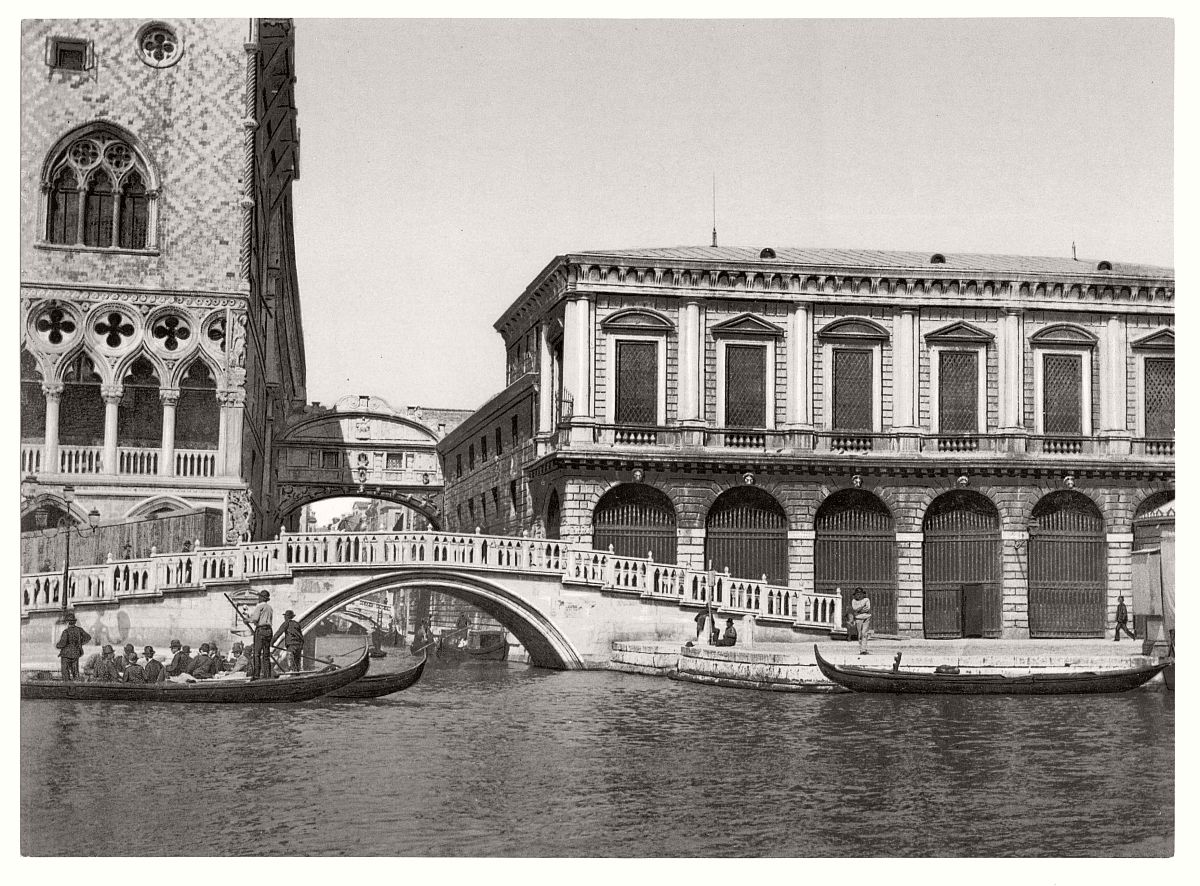 vintage-bw-photos-of-venice-italy-in-19th-century-18