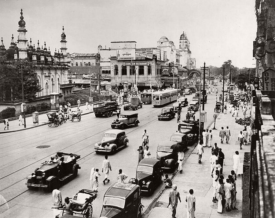 vintage-city-life-and-streets-of-calcutta-india-1945-18