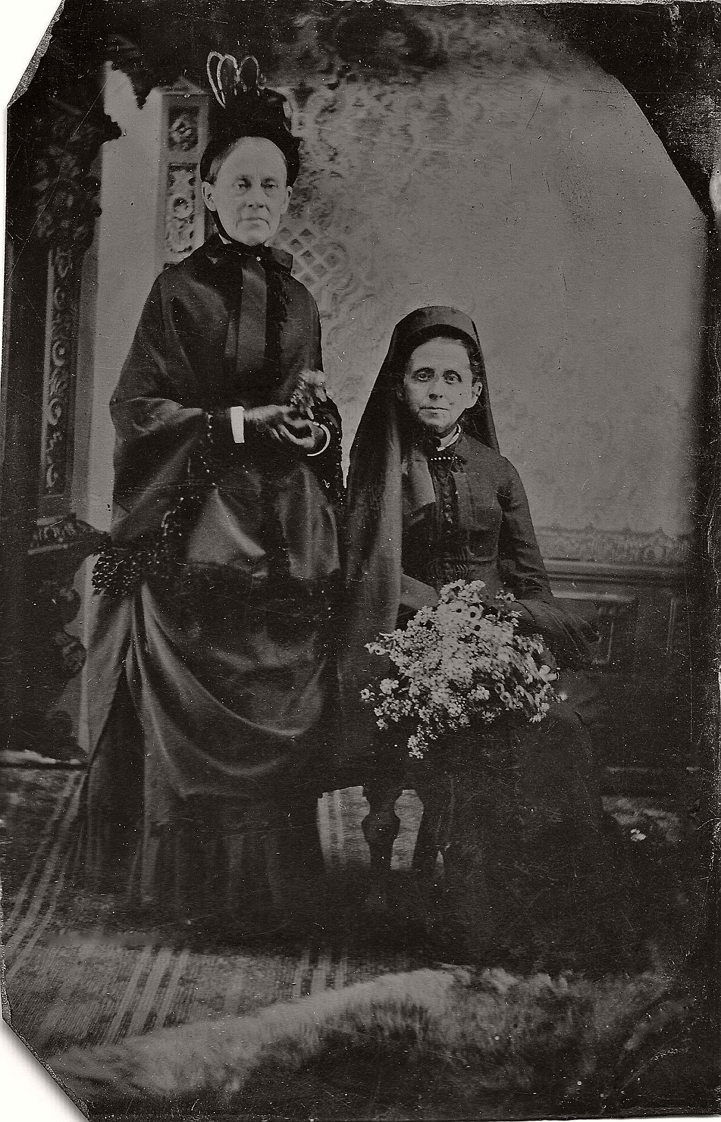 vintage-daguerreotypes-of-widows-in-mourning-victorian-era-1800s-01