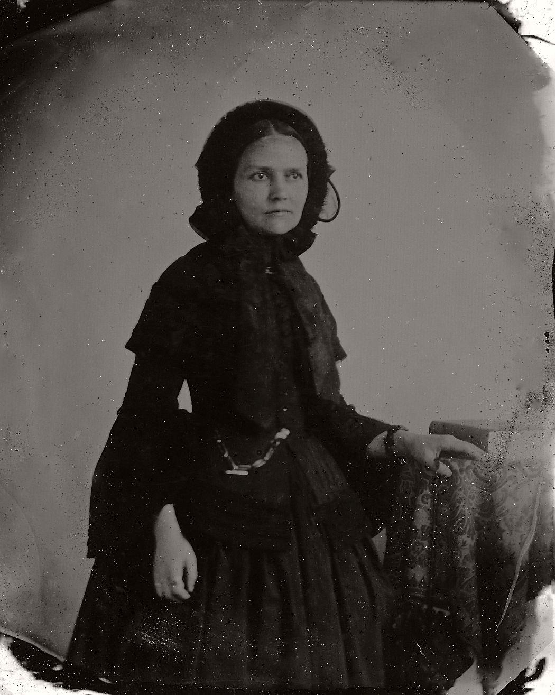 Vintage Daguerreotypes Of Widows In Mourning Victorian