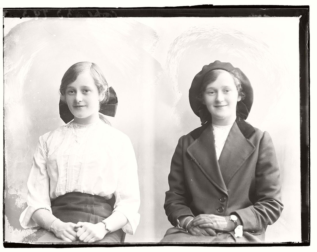 vintage-glass-plate-diptych-portraits-of-women-girls-1904-1917-34