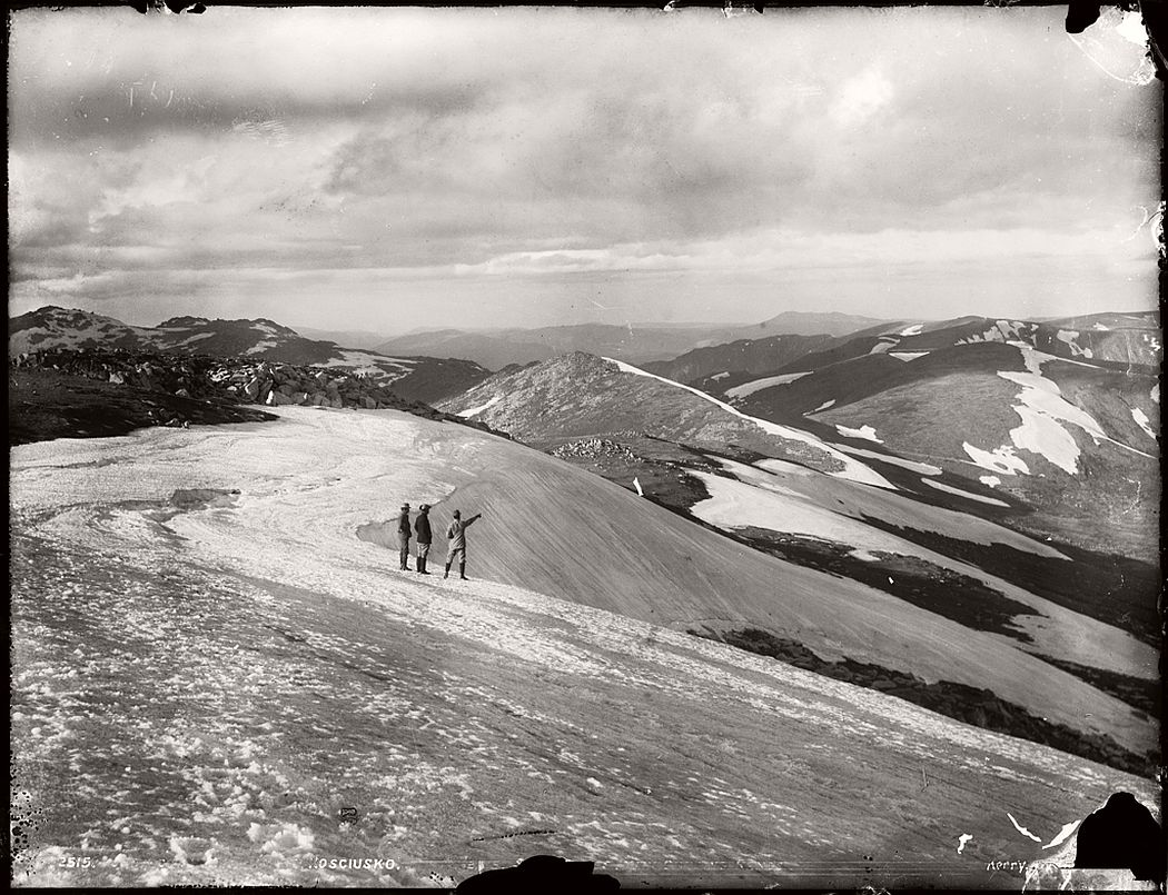 vintage-glass-plate-negatives-of-snow-in-australia-1900s-01