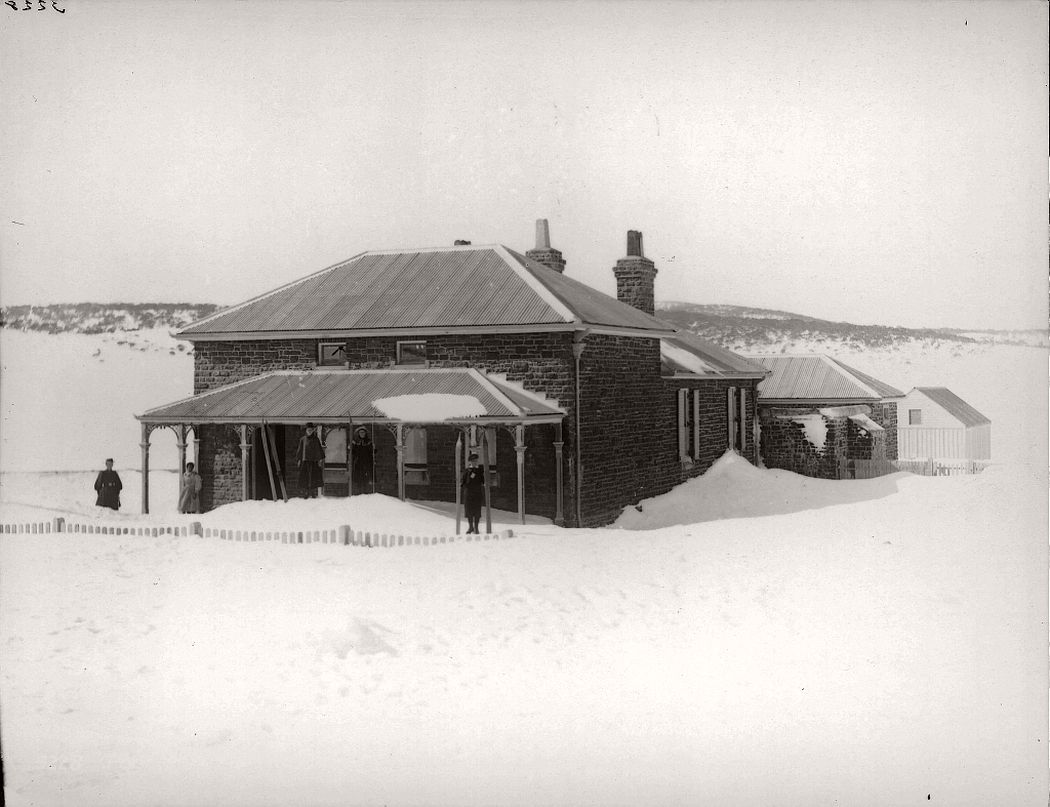 vintage-glass-plate-negatives-of-snow-in-australia-1900s-04