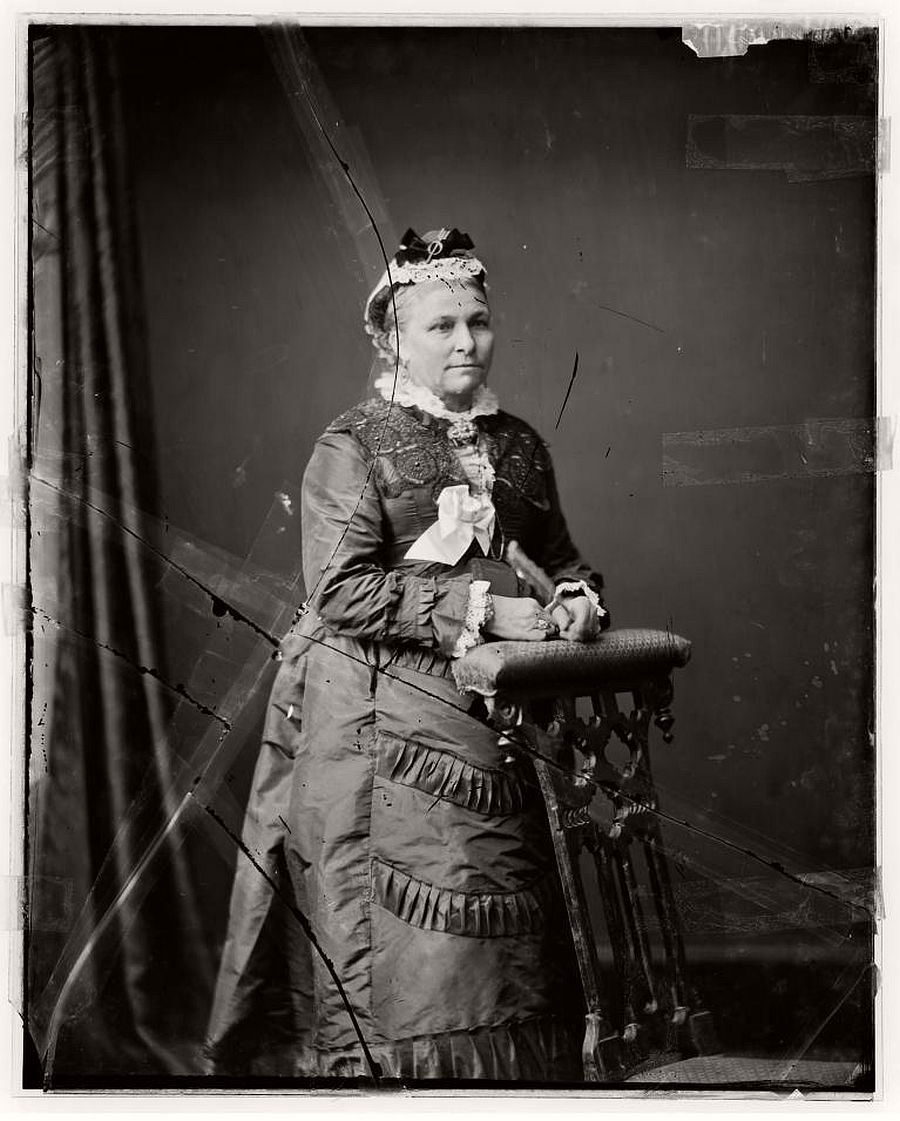 vintage-glass-plate-portraits-by-freeman-brothers-studio-1871-1880-03